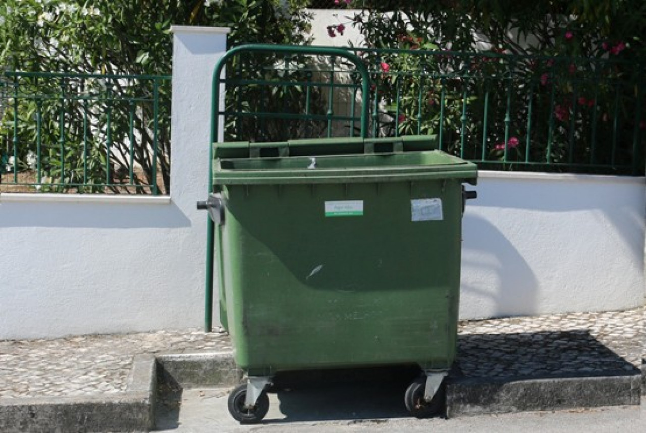 Acordo Quadro para Fornecimento de Contentores do Lixo
